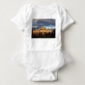 0243 Monticello.JPG Baby Strampler