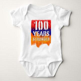 100 Jahre stärkere armenische Säuglings-Shirt- Baby Strampler
