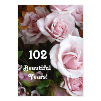 102nd Geburtstags-Partei-Rosa-Rosen-Blumenstrauß 12,7 X 17,8 Cm Einladungskarte