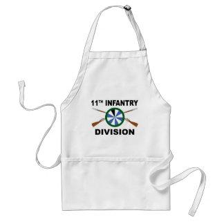 11. Infanteriedivision - gekreuzte Gewehre Schürze
