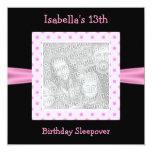 13. Geburtstagsleepover-Schwarz-rosa Stellen-Foto Individuelle Ankündigung