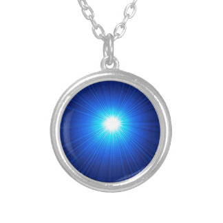 149Blue Background_rasterized Versilberte Kette