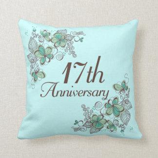 17 jahrestags geschenk wurfs kissen zierkissen. Black Bedroom Furniture Sets. Home Design Ideas
