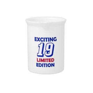 19-Geburtstags-Entwurf Getränke Pitcher