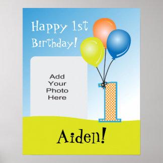 1. der Geburtstags-Foto des farbiges Ballon-Kindes Poster