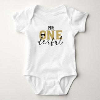 1. Geburtstags-Bodysuit Herr-Onederful Baby Strampler