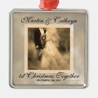 1. Weihnachtszusammen Sepia-Braut und Bräutigam Silbernes Ornament