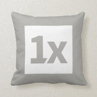 1x Cushion 40cm Kissen