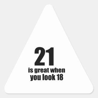 21 ist groß, wenn Sie Geburtstag schauen Dreieckiger Aufkleber