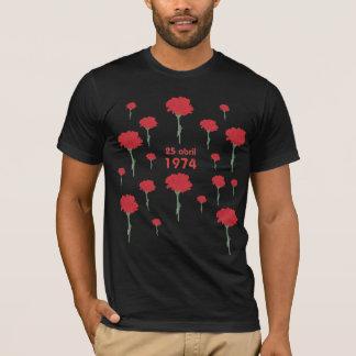 25 Abril T-Shirt