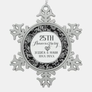 25. Silberne Hochzeitstag-Schablone Schneeflocken Zinn-Ornament