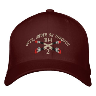 2-104th Kavallerie-der Irak gekreuzter Säbel-Hut Bestickte Kappe