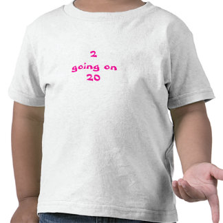 2 gehend auf 20 Mädchen T-Shirts