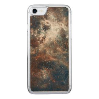 30 Doradus Nebelfleck und Sternhaufen Carved iPhone 8/7 Hülle
