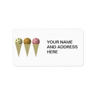 3 Eistüten: Vanille, Schokolade u. Erdbeere Adressaufkleber