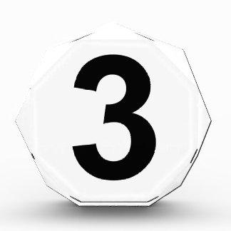 3 - Nr. drei Auszeichnung
