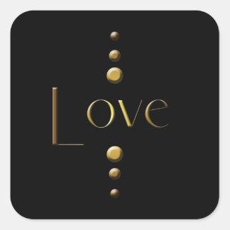 3 Punkt-Goldblock-Liebe u. schwarzer Hintergrund Quadratischer Aufkleber