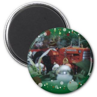 3 Spielzeugtraktoren am Weihnachten Runder Magnet 5,7 Cm