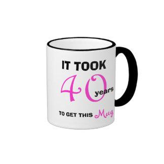 40. Geburtstags-Geschenk-Ideen für die Ringer Tasse