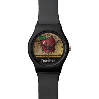 4. Grad-Lehrer personifizieren Uhr