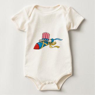 4. von Juli-Dekorationen Baby Strampler