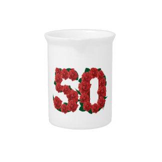 50 Geburtstags-Hochzeitsjahrestags-Rosen der Zahl Krug