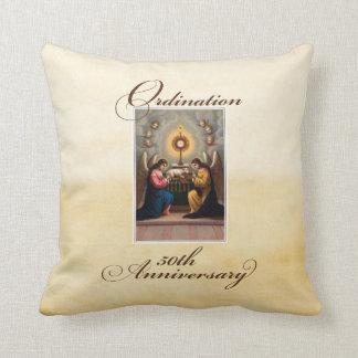50. Klassifikations-Jahrestags-Engel am Altar Kissen