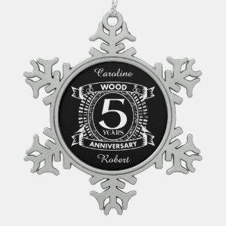 5. beunruhigtes Wappen des Hochzeitsjahrestages Schneeflocken Zinn-Ornament
