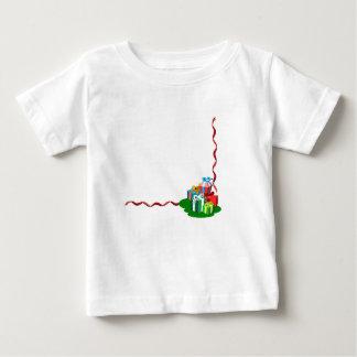 5 Geschenke bereit zu jemand speziell! Baby T-shirt