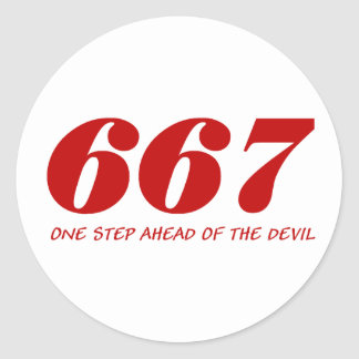 667 - One Step Ahead Of The Devil - Red Runder Aufkleber