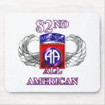 82. Im Flugzeug Abteilung ganz amerikanisch Mousepads