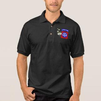 82. Im Flugzeug [Fallschirme] Polo Shirt