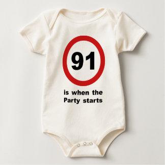 91 ist, wenn das Party beginnt Baby Strampler