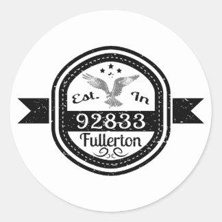 92833-Fullerton-01 Runder Aufkleber