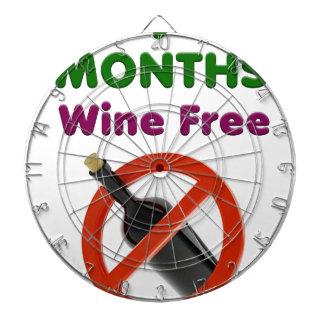 9 Monate Wein geben, schwangere Mamma, Dartscheibe