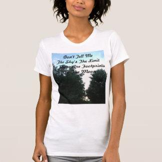 Abdrücke auf dem Mond T-Shirt