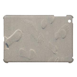 Abdrücke auf dem Strand iPad Mini Hülle