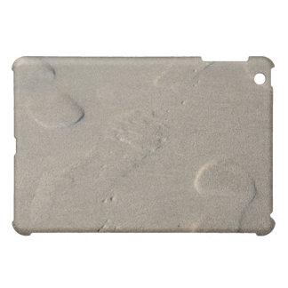 Abdrücke auf dem Strand iPad Mini Hüllen