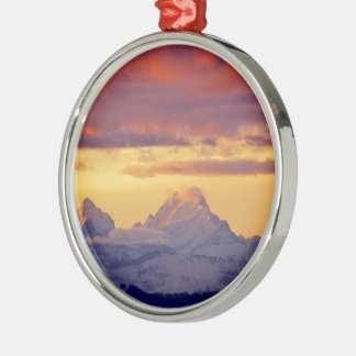 Abendrot in den Berner Alpen CH-Schweiz Rundes Silberfarbenes Ornament