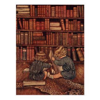 Abenteuer in der Bibliothek Postkarte