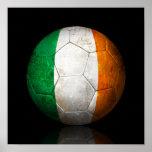 Abgenutzter irischer Flaggen-Fußball-Fußball Posterdruck