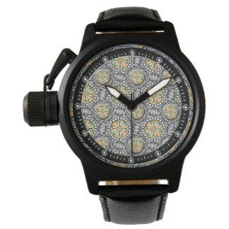 Abgeschrägtes geometrisches Muster Uhr
