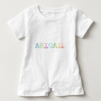 Abigail-Buchstabe-Name Baby Strampler