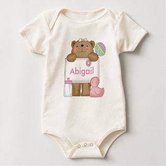 Abigails personalisierter Bär Baby Strampler