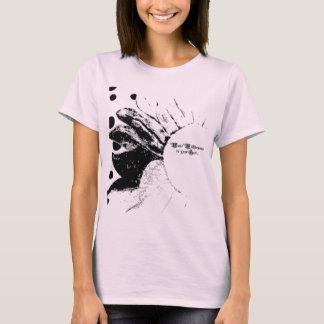 Abnutzungs-Wildblumen in Ihrem Haar T-Shirt