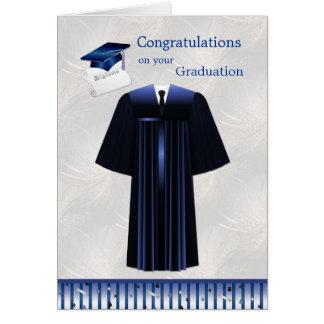 Abschluss-Karte mit Mörser, Kleid und Diplom Grußkarte