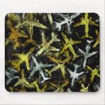 Abstrakte Düsenflugzeug-Collage Mauspad