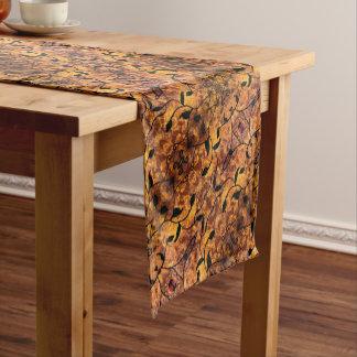Abstrakte Herbst-Blatt-Silhouette Kurzer Tischläufer
