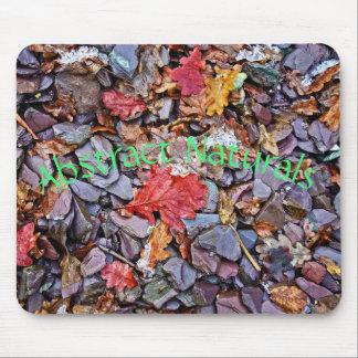Abstrakte Steine und Blätter Mauspads