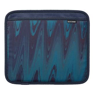 Abstrakte Wellen im Blau Sleeve Für iPads